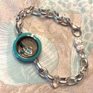 Origami Owl Hostess Locket bracelet